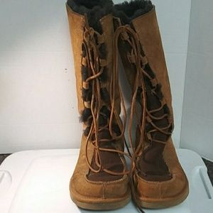 Uggs #5220 Uptown Boots